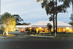Crows Nest Motel - 7547 New England Highway Crows Nest QLD 4355 Australia